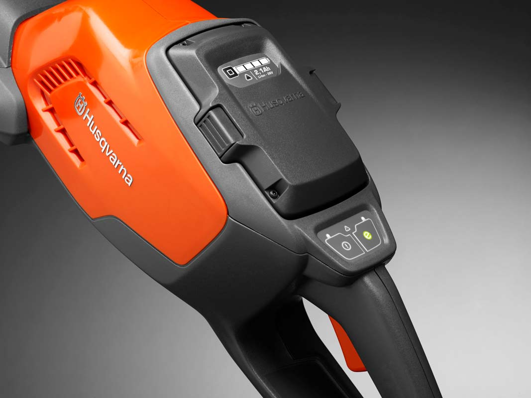 Husqvarna Ireland 115iHD45 Battery Powered Hedge Trimmer