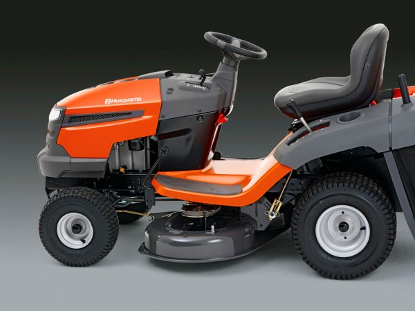 TC138 Ride On Lawnmower Galway Ergonomic Design